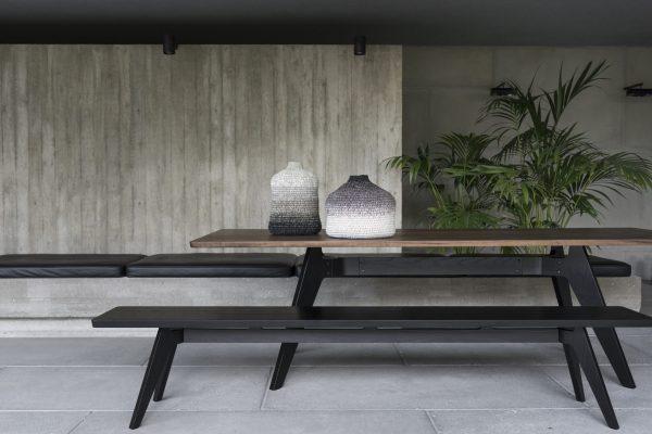 Lavitta Dining table black oak