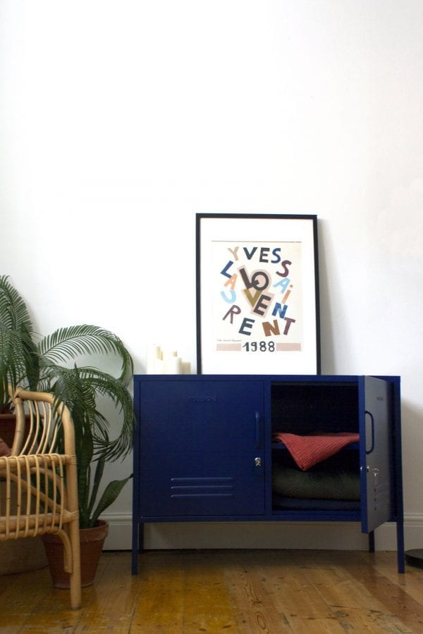The Lowdown In Navy Styled Image
